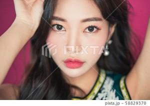 The韓国ファッション・メイク・ヘアスタイルの素材_1